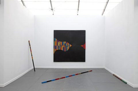 André Cadere, stand Galerie Hervé Bize, Frieze New York 2015, (photo Sebastiano Pellion di Persano), Courtesy Estate André Cadere et Galerie Hervé Bize, Nancy
